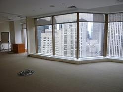 bullpen-work-area-within-the-office