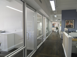 glass-fronted-private-offices-for-rent