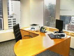 manhattan-private-windowed-office-on-fifth-avenue