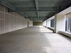 empty-full-floor-office