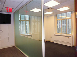 glass-fronted-private-windowed-offices-in-midtown
